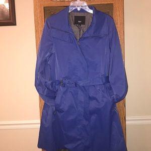 Trench/raincoat
